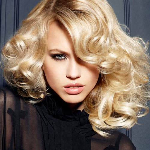 Forfait shampoing brushing soin cheveux longs et maquillage jour ou soir coiffeur barbier - Shampoing coupe brushing ...